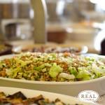 Salada verde com grãos